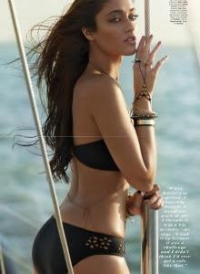 Iliana latest hot bikini image
