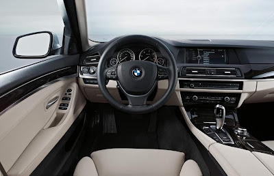 2012 BMW M5 Saloon Dashboard