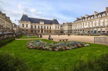 palais-du-parlement-de-bretagne