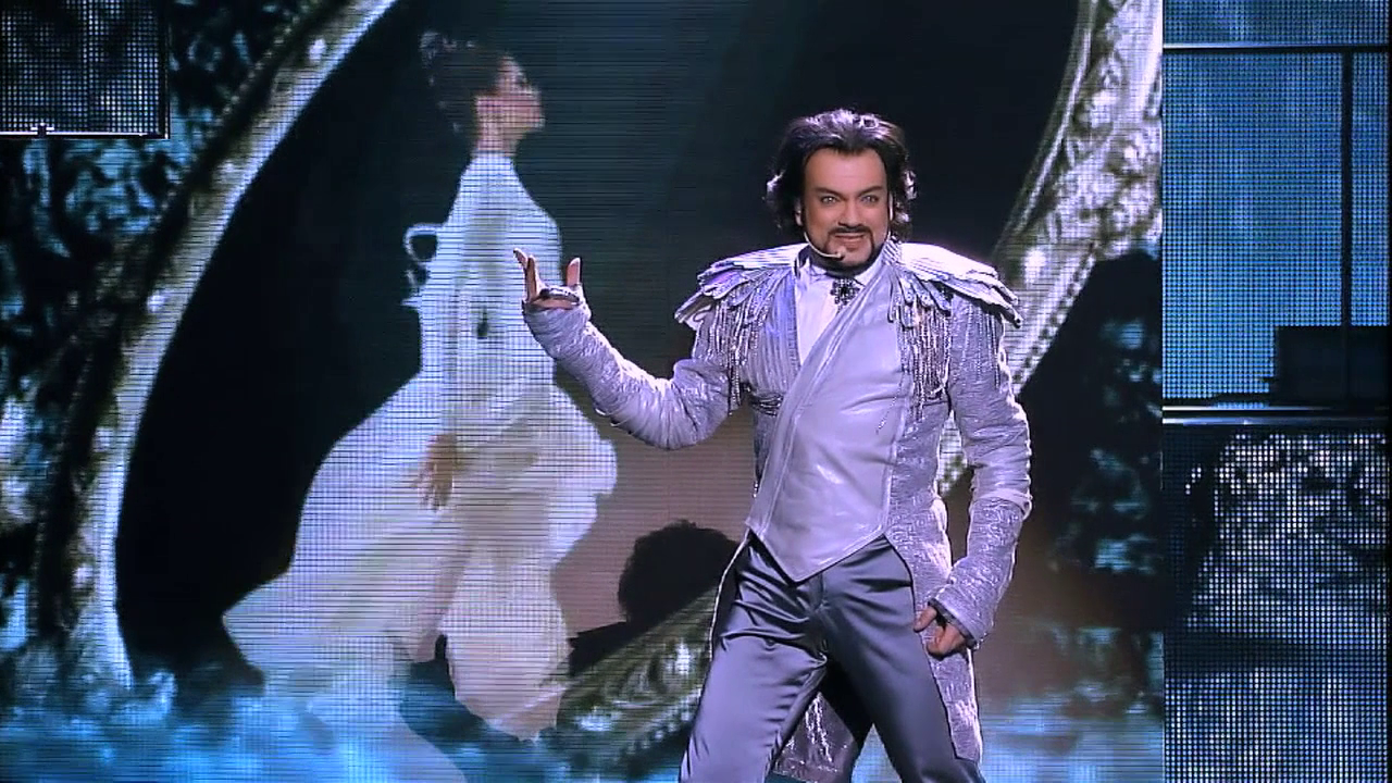 With whom Philip Kirkorov sang a duet