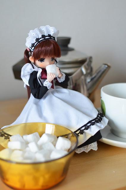 Mamachapp doll maid hina-chan