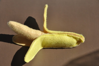felt banana tutorial