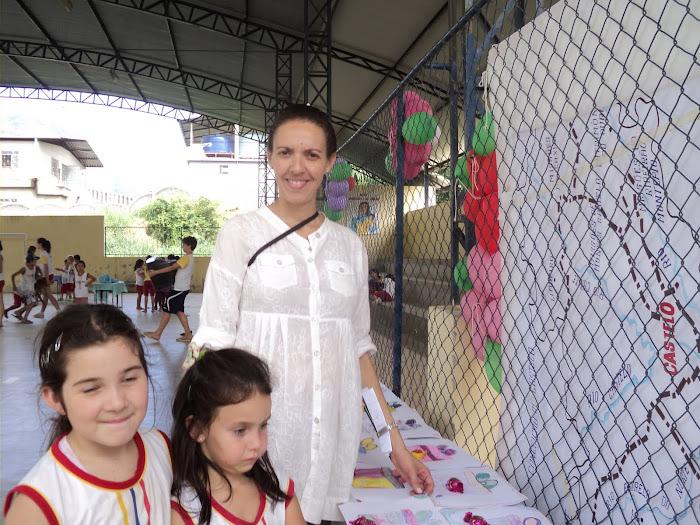 Fazendo Arte e Comemorando o Dia das Mães
