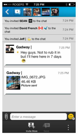 Es seguro decir que el equipo de BBM ha escuchado comentarios de los usuarios y ha respondidoaumentando el límite de transferencia de archivos de BBM que según nos informaron el día de ayer se elevó a 16 MB. Finalmente, como se puede ver en la imagen de arriba la próxima versión de BBM incluirá la opción de compartir fotos en los chats persona múltiples. Vea el anuncio completo de Jeff Gadway, jefe de producto y marketing de la marca de BBM a continuación: Durante las ultimas semanas han habido una gran cantidad de noticias que salen del equipo de BBM