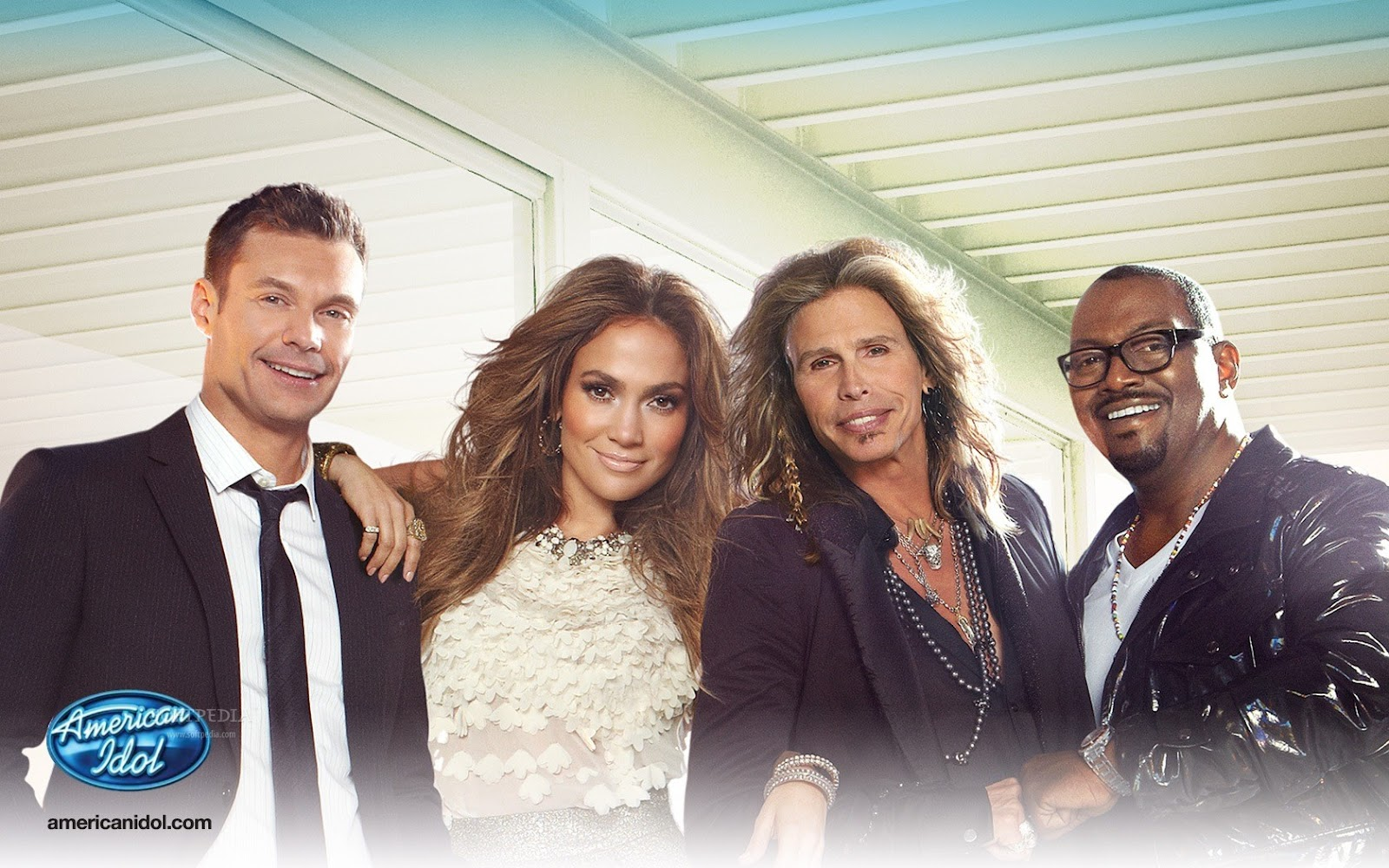 http://1.bp.blogspot.com/-5DJK2inEcXw/T0zvMTit4JI/AAAAAAAAAss/hBArS047aCc/s1600/American-Idol-Judges_1.jpg