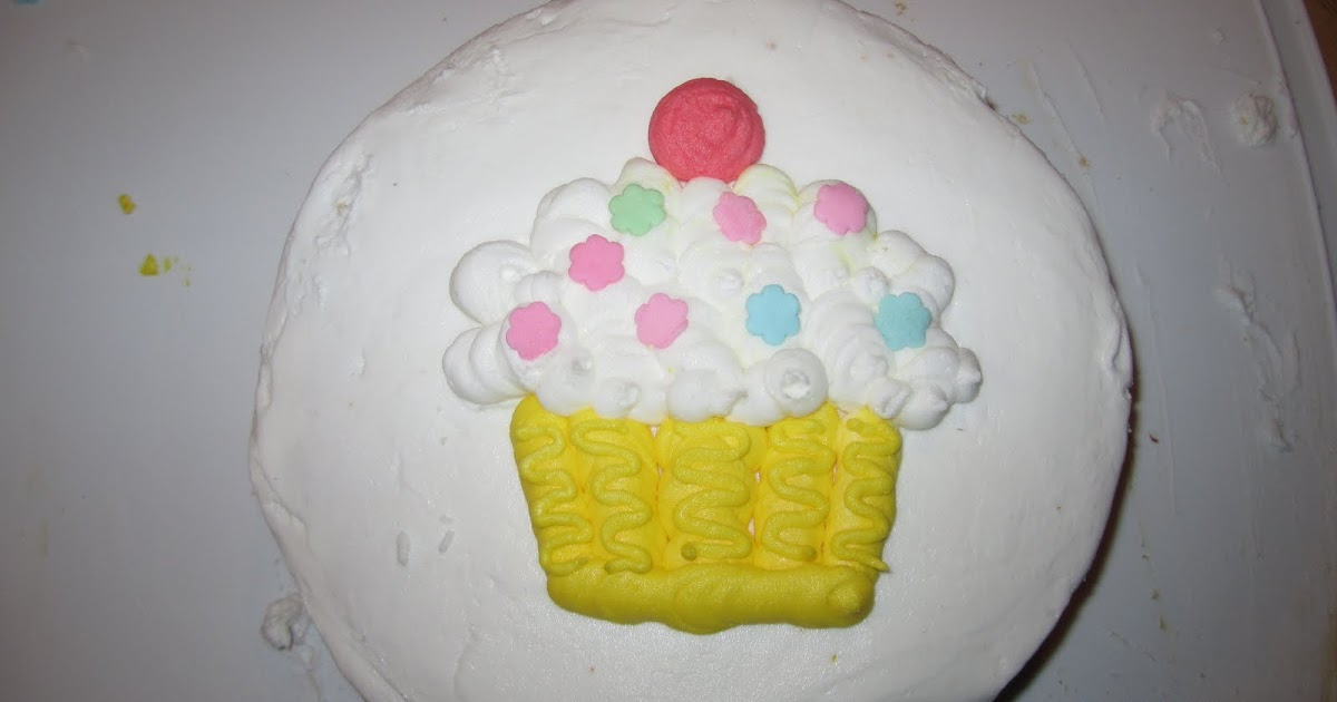 Cake Decorating Classes For 11 Year Olds : My Five Sons: Definitely NOT the cake boss