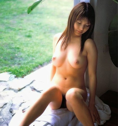 Young-Asian-Teen-Big-Boobs