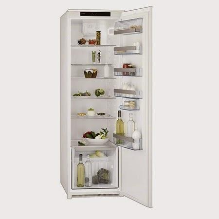 AEG integroitava jääkaappi SKD71800S1.