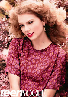 Taylor Swift Seen On www.coolpicturegallery.us