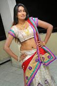 swathi naidu sizzling hot pics-thumbnail-3