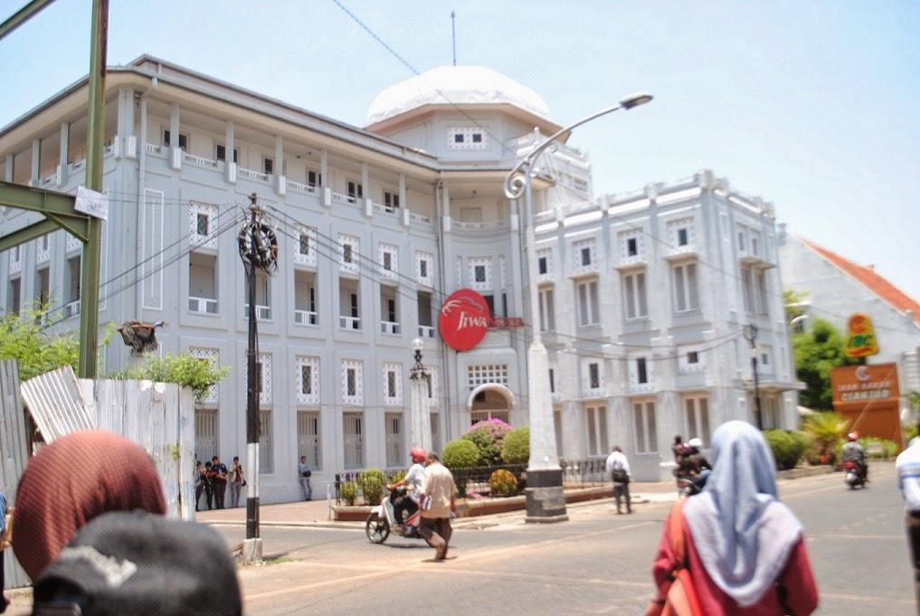 Hasil gambar untuk 4. Kota Lama Semarang