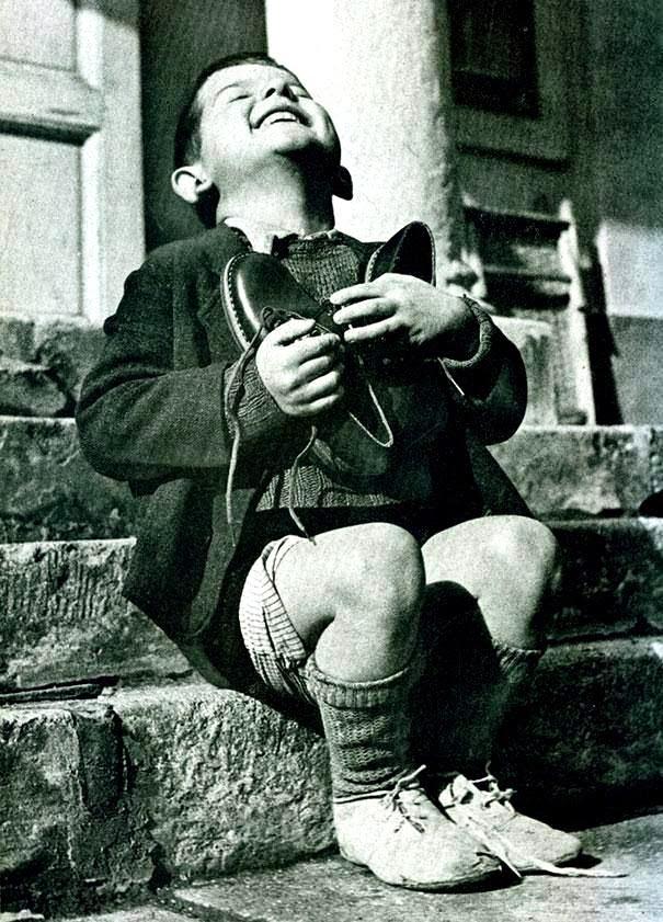 """Poema: Rudyard Kipling   (India, 1865 – Inglaterra 1936)  Si…; L. Ref.  Salomón, """"El Cantar de los Cantares"""" Versión de Carlos Morales Col. «Cuadernos del Mediterráneo» Ed. El Toro de Barro, Tarancón de Cuenca, 2003. edicioneseltorodebarro@yahoo.es"""