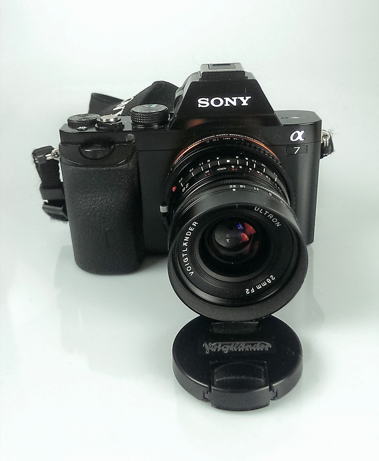 Sony A7 + Voigtlander 28mm Ultron f/2