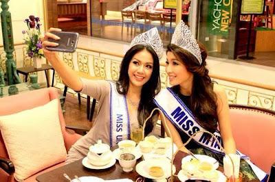 Moe Set Wine - Myanmar Model Girls