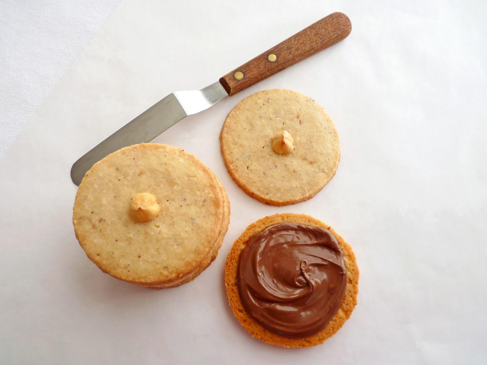 hazelnut nutella sandwich cookies makes 32 cookies 16 sandwich cookies