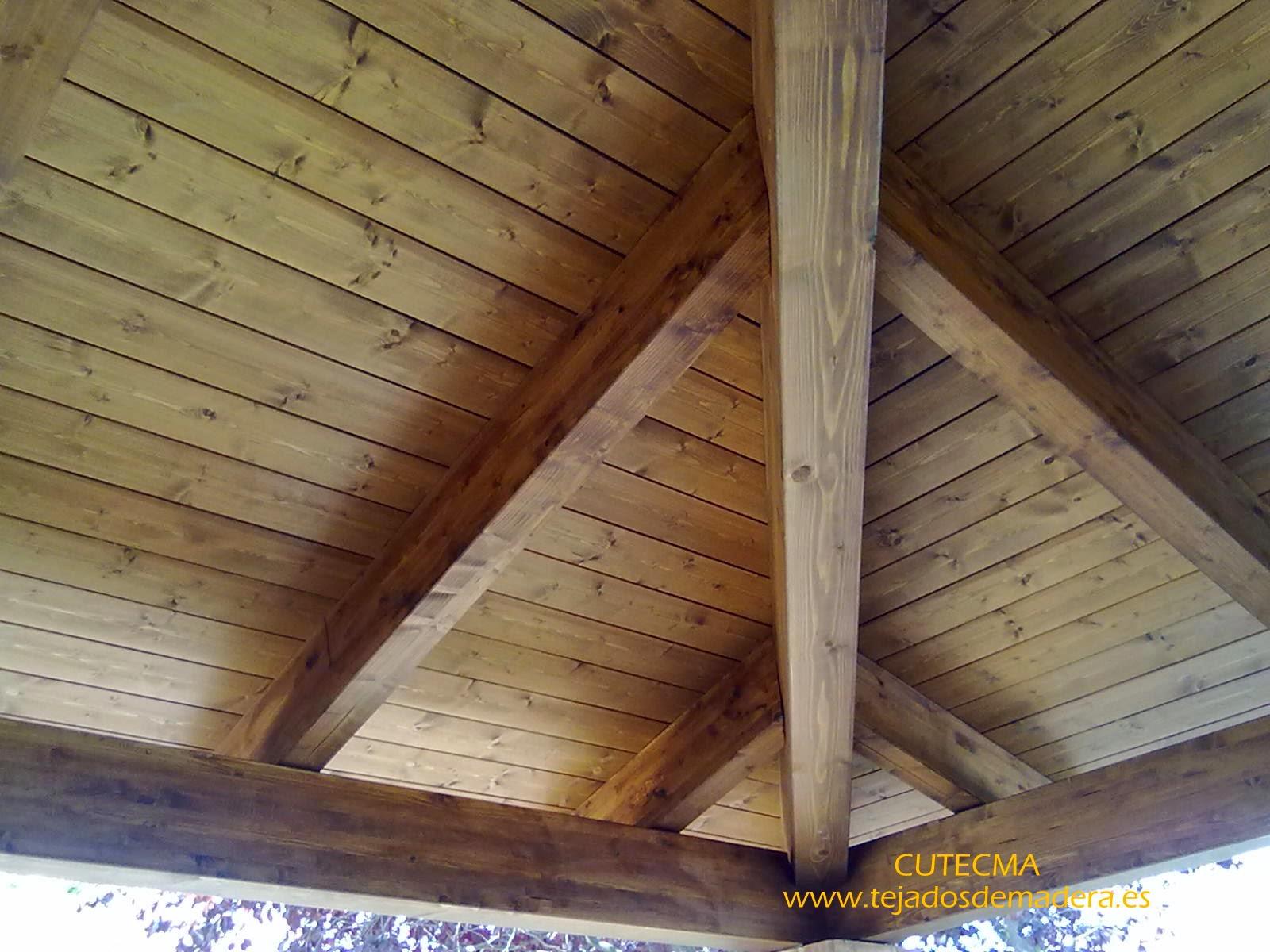 Porche de madera - www.tejadosdemadera.es