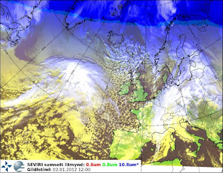 >Turning stormy again across Ireland & UK whilst coldest air of season takes aim at Eastern USA