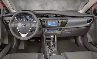 2014-Toyota-Corolla-interior-Photos