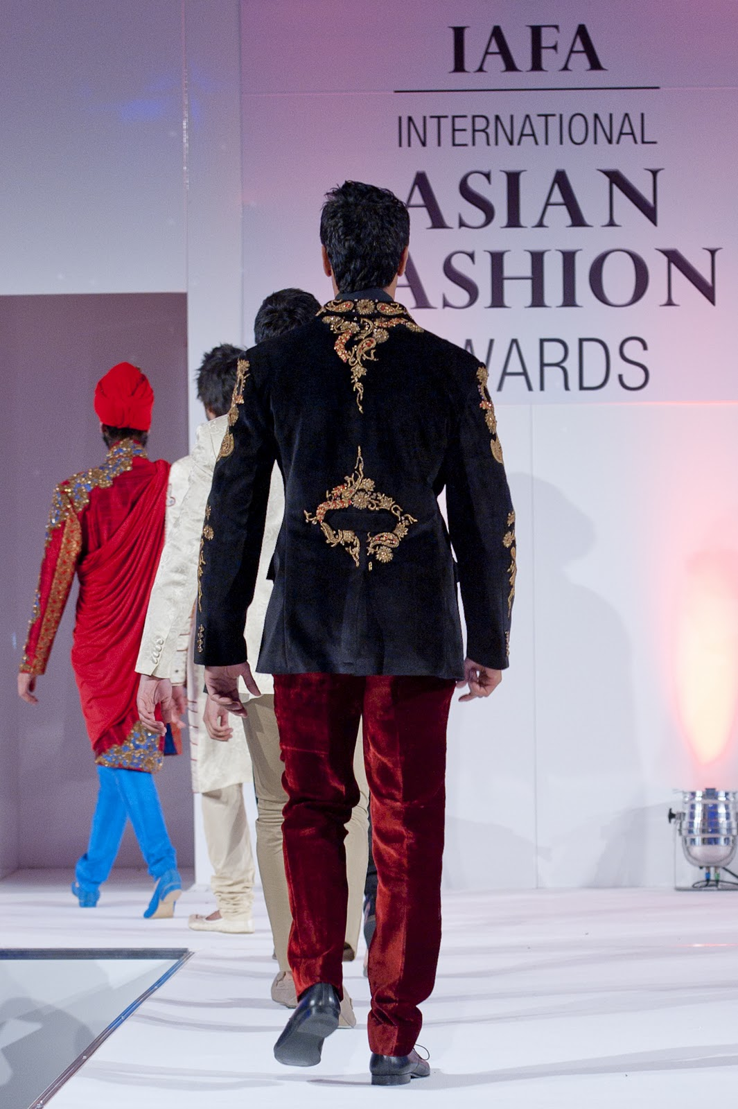 Best Newcomer in Fashion Design ~ Winner is? Saran Kohli @ IAFA ...