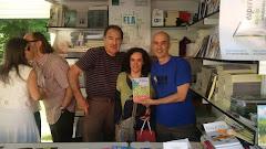 MAYORES SIN REPAROS... En la Feria del Libro de Madrid, 2016. Con Rafael Borrás y Ramón Alcaraz.