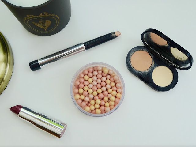 Bobbi Brown Creamy Concealer Kit, The Body Shop Colour Crush Lipstick Raspberry In Love, Marc Jacobs Beauty Twinkle Pop Eye Stick Peach Champagne, The Body Shop Brush on Radiance