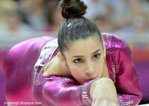 London Olympics Gold Medalist Aly Raisman And Her