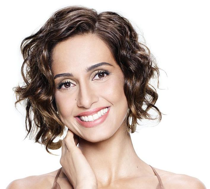 Biograf a actriz brasilera camila pitanga fotos fotos for Camelia pianta