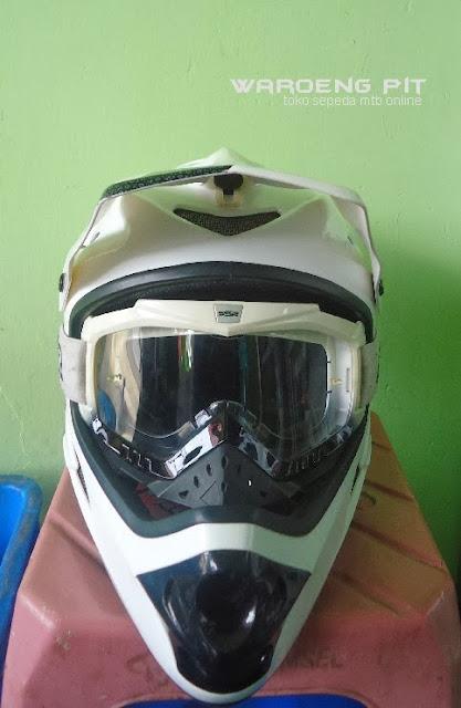 Jual Helmet Full face sixsixone beserta kacamata SSR sepeda balap mtb bmx gunung downhill murah 2