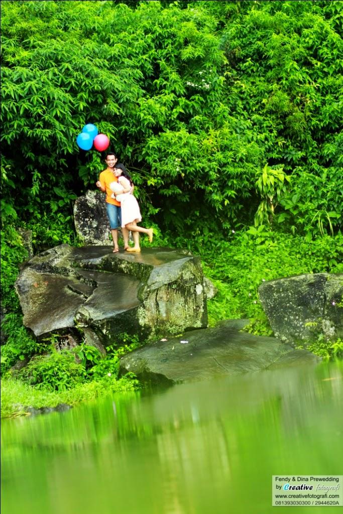 fotografer prewedding yogyakarta dengan tema casual