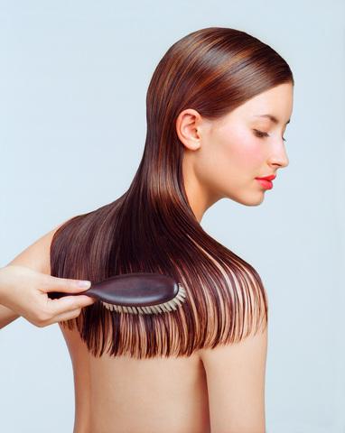 Le masque pour la croissance des cheveu sur 10 cm par mois
