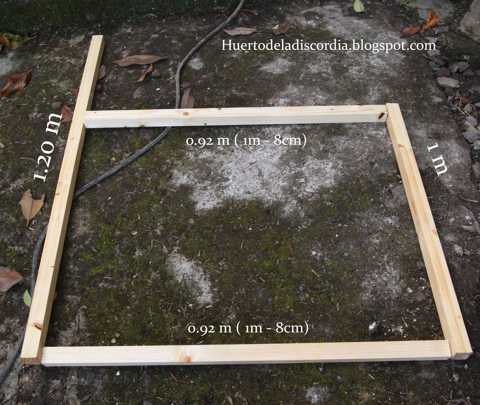 El huerto de la discordia c mo construir un gallinero casero - Como construir un tejado ...