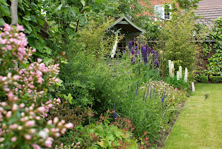 Traditional garden border design