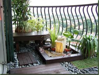 Desain Balkon Rumah 6
