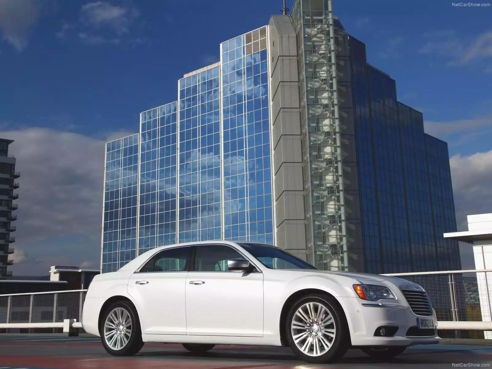 Hình ảnh xe ô tô Chrysler 300C 2012 & nội ngoại thất