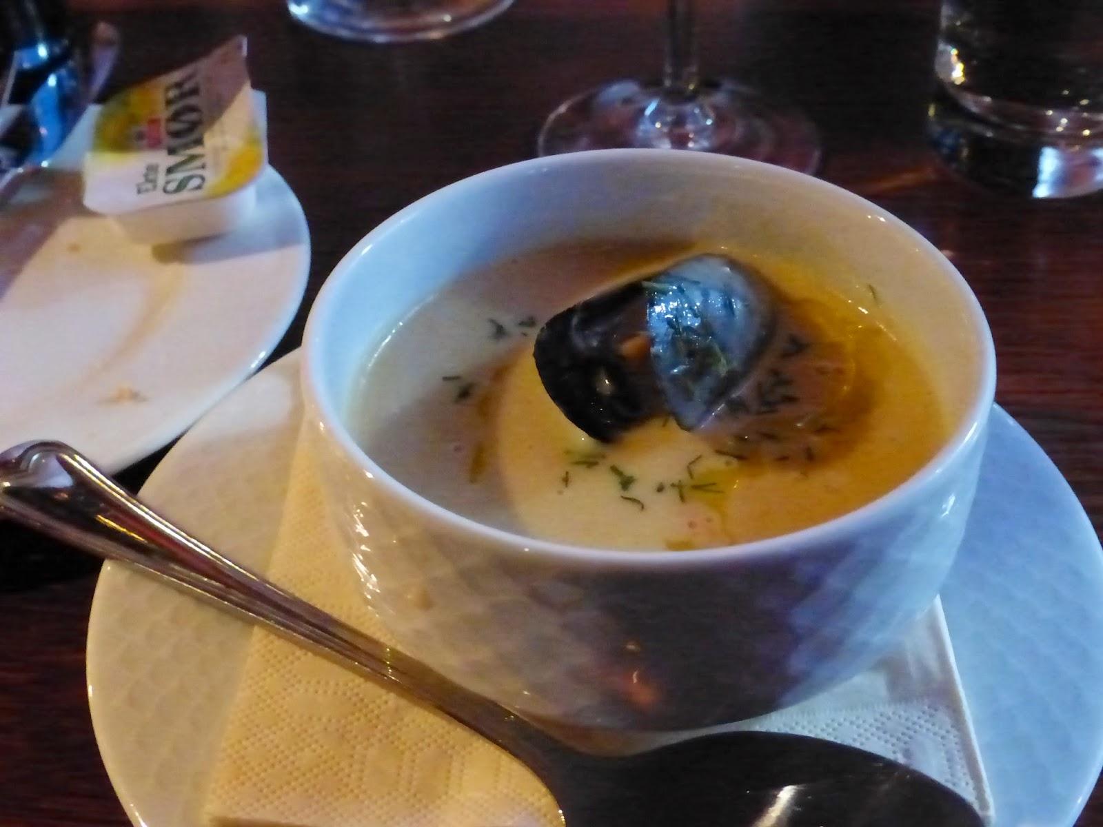 comme je vous le disais les norvgiens sont friands de renne et ils accommodent les plats avec des lgumes mais aussi avec beaucoup de pommes de terre que - Lit A Eau Avec Poisson