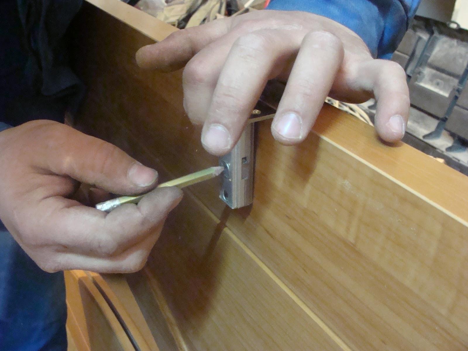 Как сделать дырки в рамах для вентиляции, чтобы 27