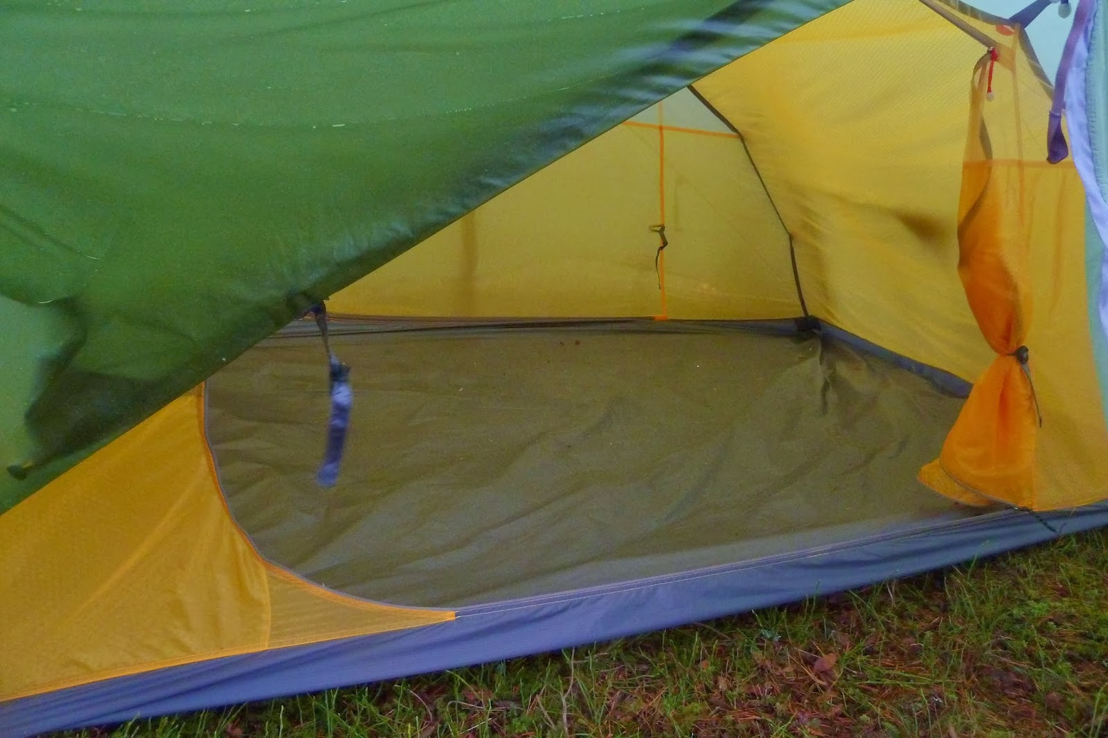 The materials of the outer and the inner are the superlightweight fabrics that we are used to finding on lightweight tents these days. & the outdoor diaries: Tent review - Exped Venus II Ultralight