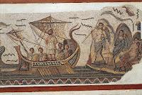 Cuando emprendas tu viaje hacia Ítaca  debes rogar que el viaje sea largo,  lleno de peripecias, lleno de experiencias.