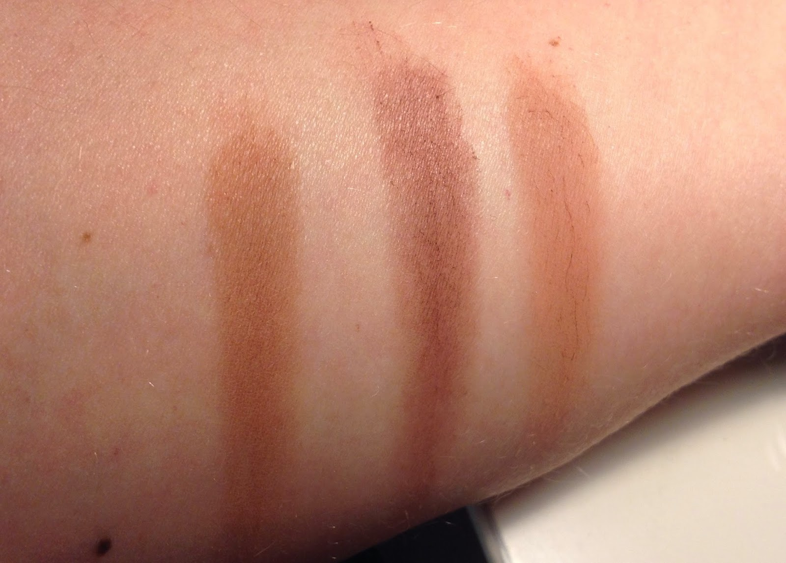 MAC Saddle, Swiss Chocolate & Soft Brown eye shadow swatch