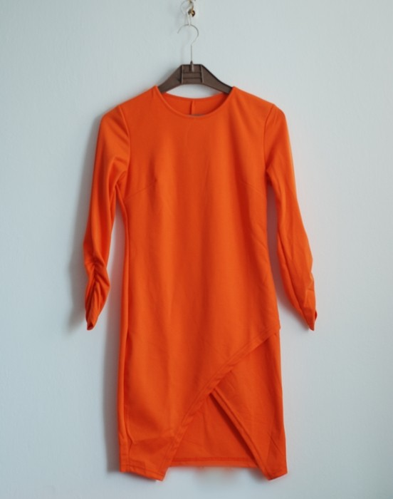http://www.romwe.com/Half-Sleeve-Hollow-Bodycon-Orange-Dress-p-103221-cat-664.html?utm_source=pomaranczowa-pomarancz.blogspot.com&utm_medium=blogger&url_from=pomaranczowa-pomarancz#_=_