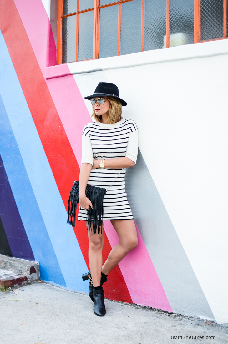 stripes, sweater dress, blogger, los Angeles blogger, Best LA bloggers, top bloggers, top ten blogeers, mirrired sunglasses, Stuff She Likes