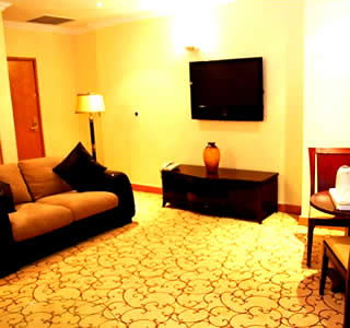 Westown Hotels Suite