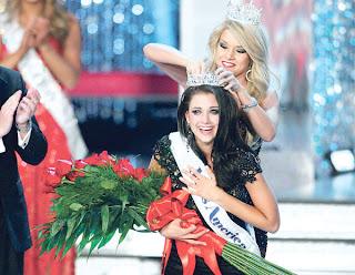 Anak bekas banduan menang Ratu Cantik AS