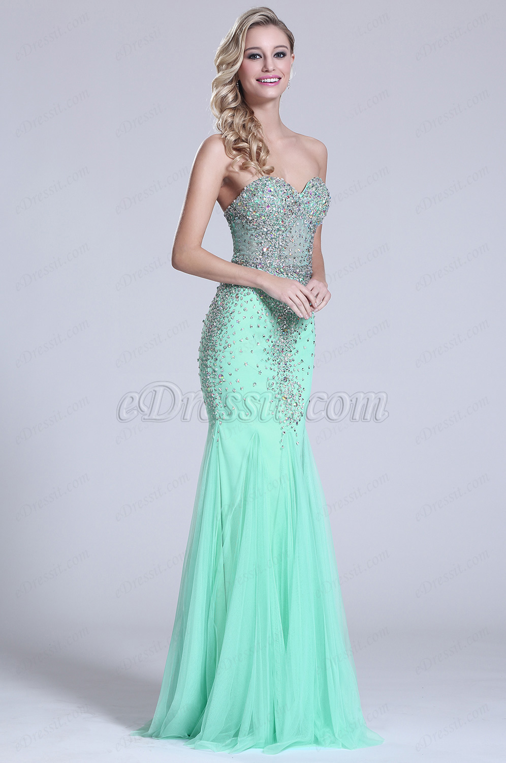 SIMPLE ELEGANCE: How to Find Cheap and Quality Prom Dresses