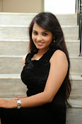 Actress Aarushi Glamorous Photos in Black-thumbnail-8