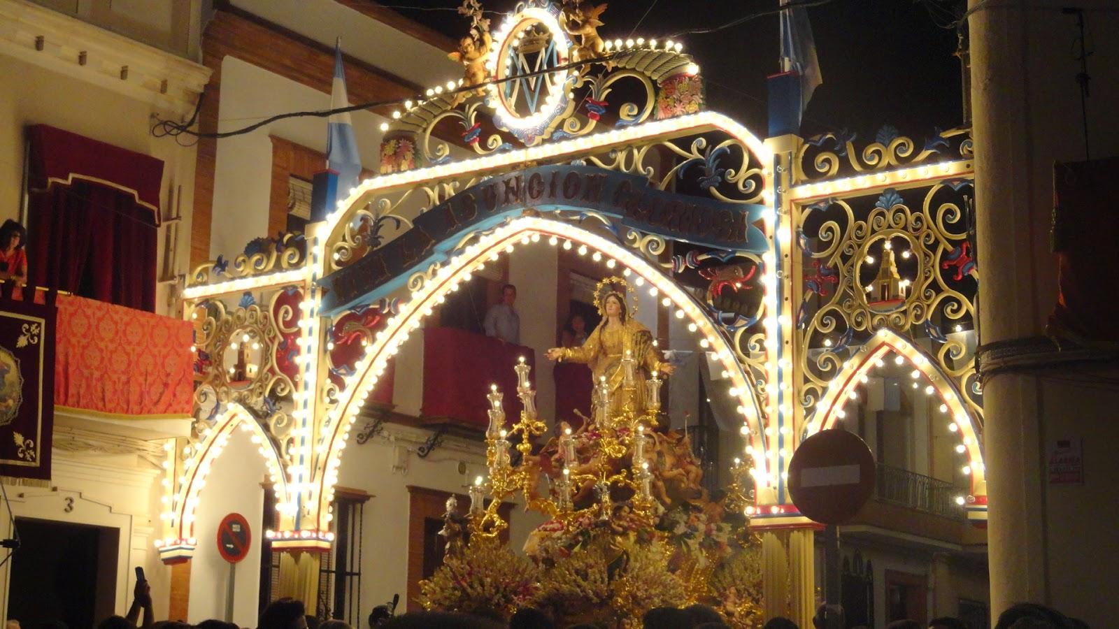 Procesion de la Virgen de la Asuncion en Cantillana