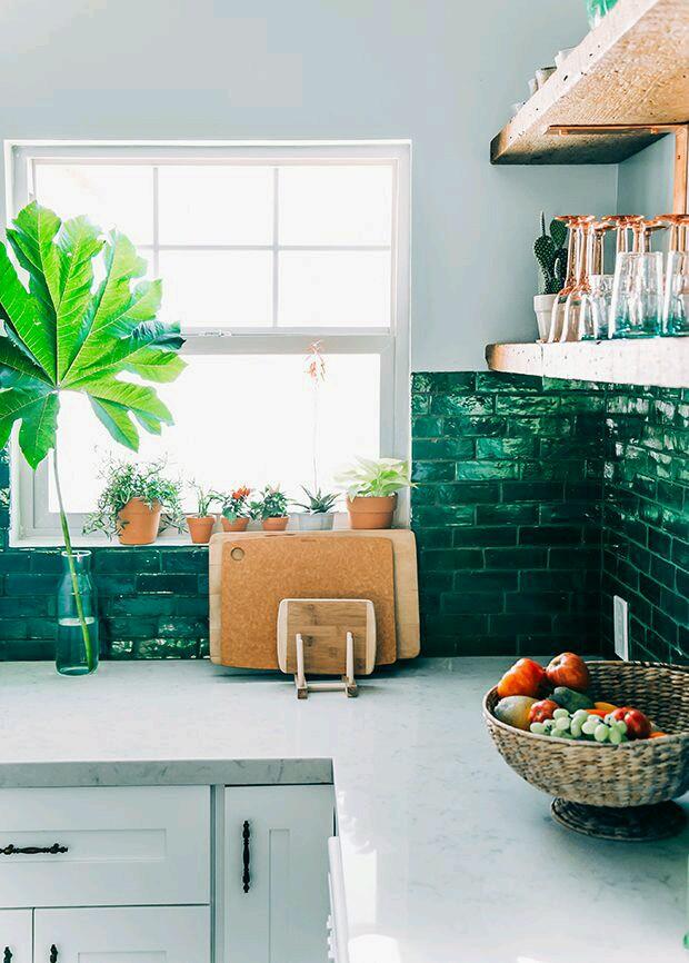 Detr s de mi puerta una cocina para so ar for Alicatar cocina detras muebles