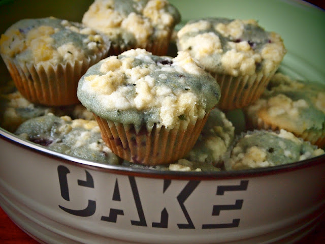 Sweet Lady Sass: (A+) Blackberry, Lemon And Thyme Muffins