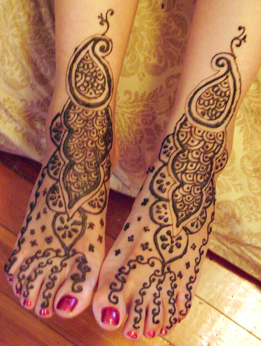 Bridal Mehndi Designs For Hands Backhand For Feet Images For Back