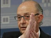 31/03/2014.- El ministro de Hacienda, Cristóbal Montoro, durante la rueda de prensa que ha ofrecido para dar a conocer los datos de ejecución presupuestaria de 2013. EFE/Juan Carlos Hidalgo